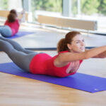 自宅でできる体幹トレーニング。ダイエット効果を求める女性向け。
