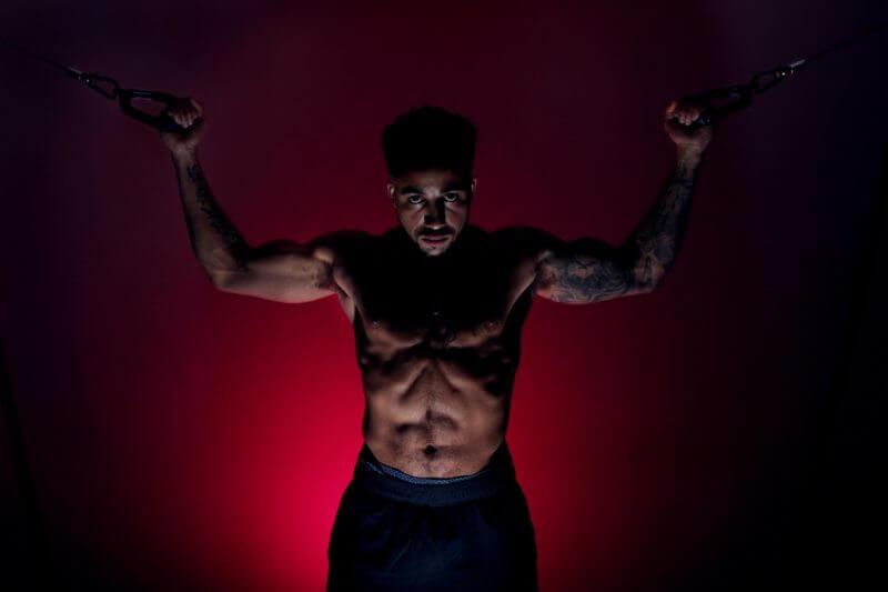 腹筋を最短で割るための運動・筋トレ