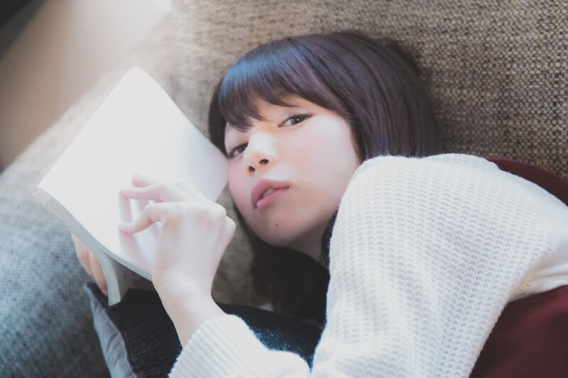 寝ながら本を読みたい